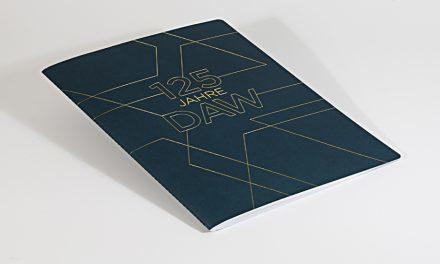 <p><span style='font-size:18px;'>Nachhaltige Ästhetik</span> <br />Schwarze Kunst für das weißeste Weiß </span></p>