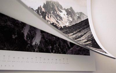 Preisgekrönter Blauer Engel-Wandkalender Demut: Brillante Nachhaltigkeit